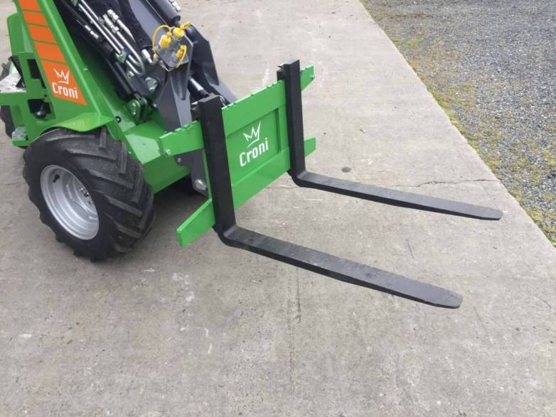 Palletfork for mini loader