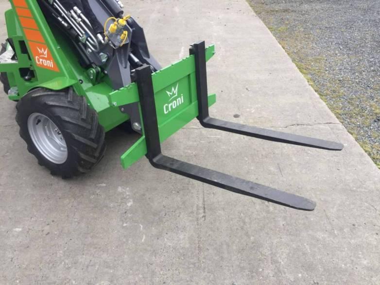 Palletfork for mini loader